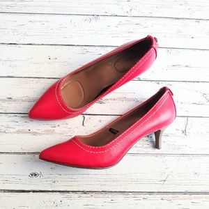 CALVIN KLEIN JEANS Red Pointed Toe Heels Pumps 8.5